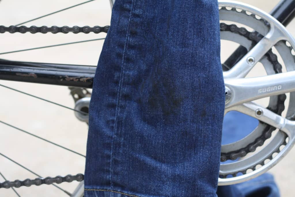 bicycle chain grease on clothes