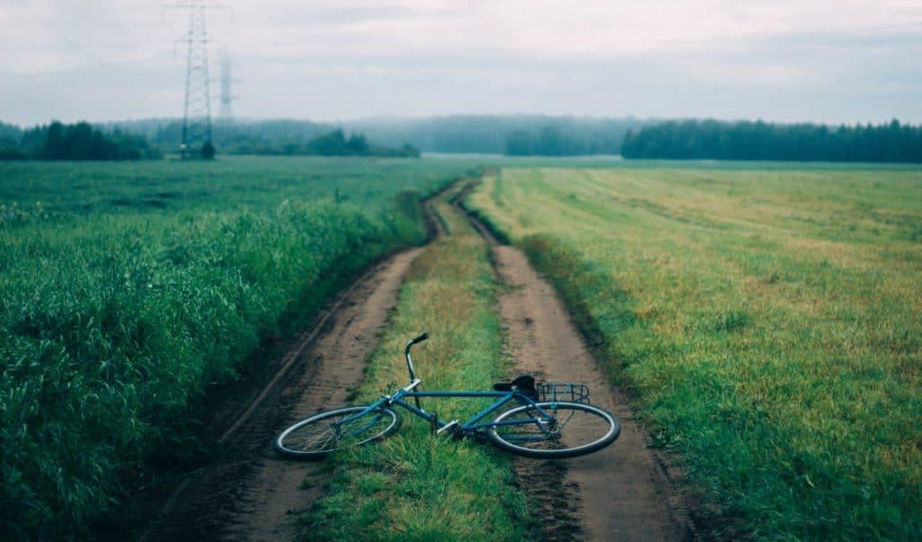 bicycle with no kickstand
