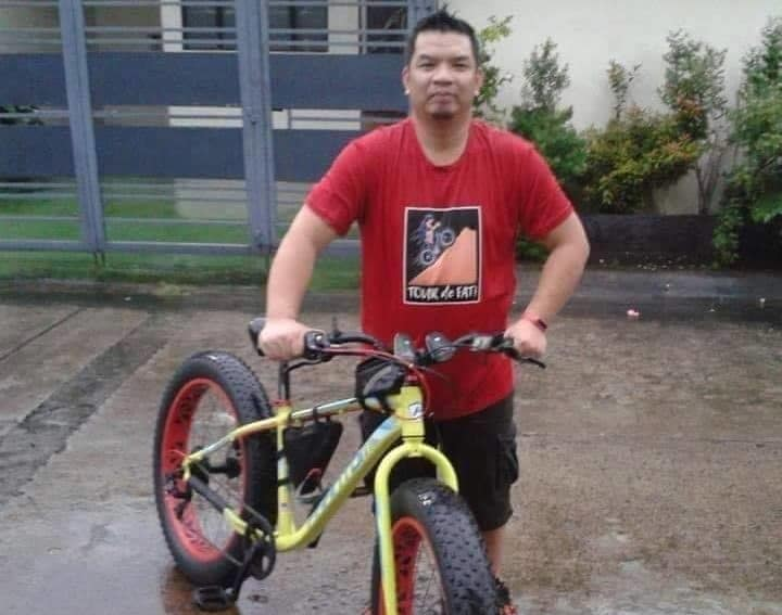 This image has an empty alt attribute; its file name is philippines-bike-commuter-5-e1556906507801.jpg
